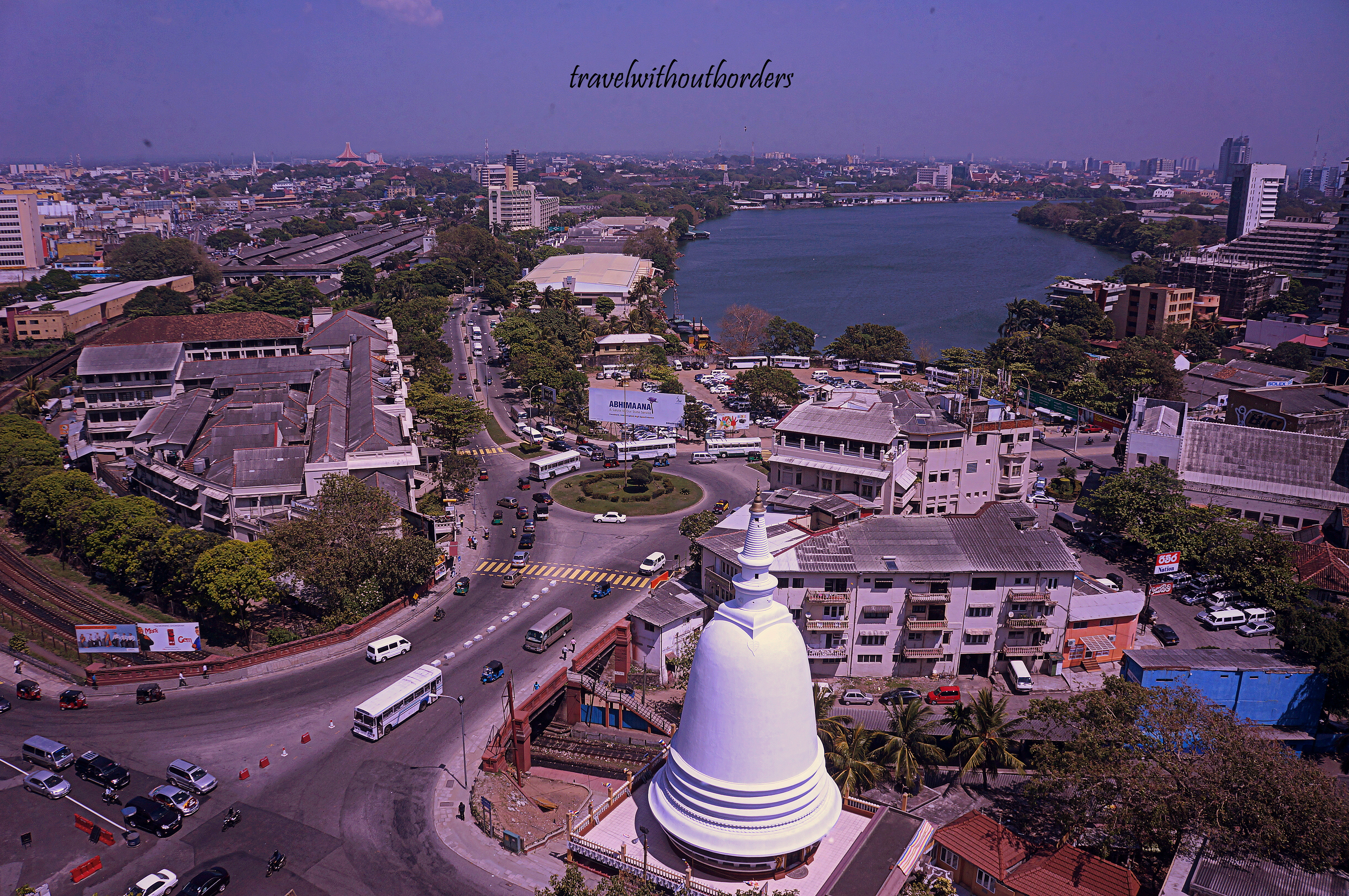 Colombo: Care for Tea or Crab?  