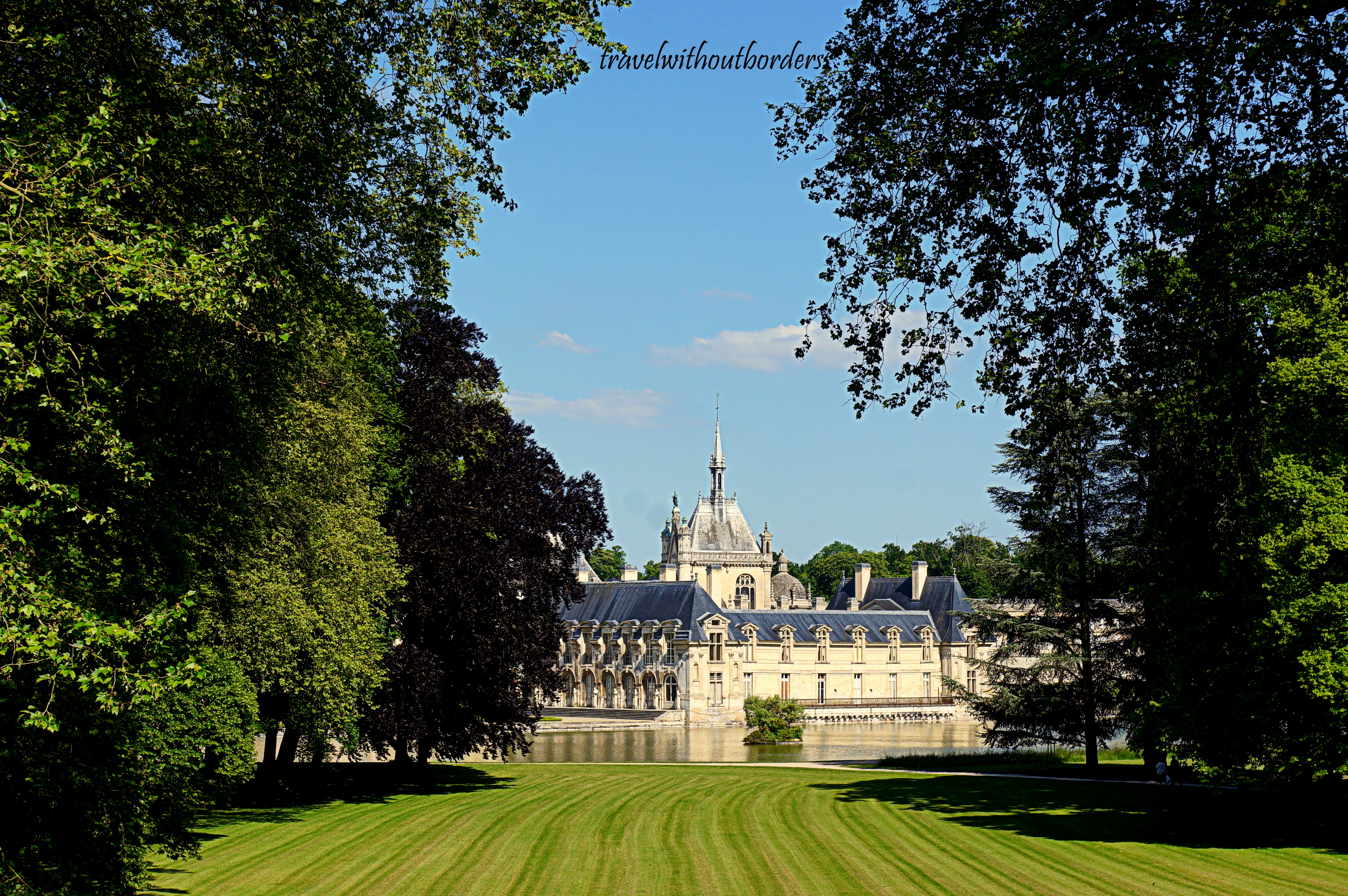 Photo of the day chateau de chantilly by the garden chantilly france - Chateau de chantilly adresse ...