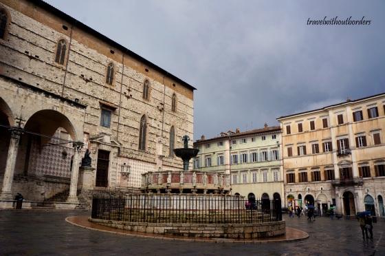 Fontana Maggiore + Cathedral of San Lorenzo
