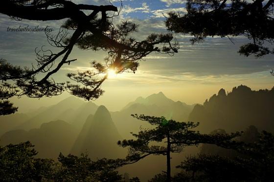 (9) Hiking In Huangshan, China