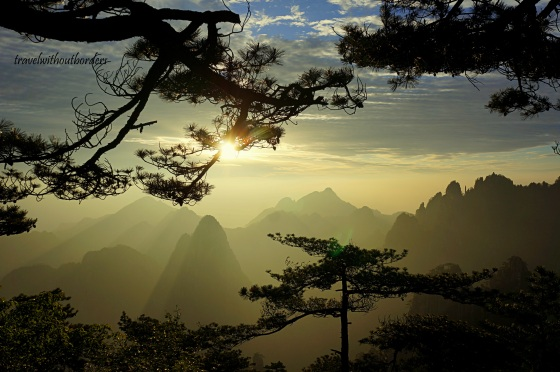 (9) Hiking In Huangshan, China